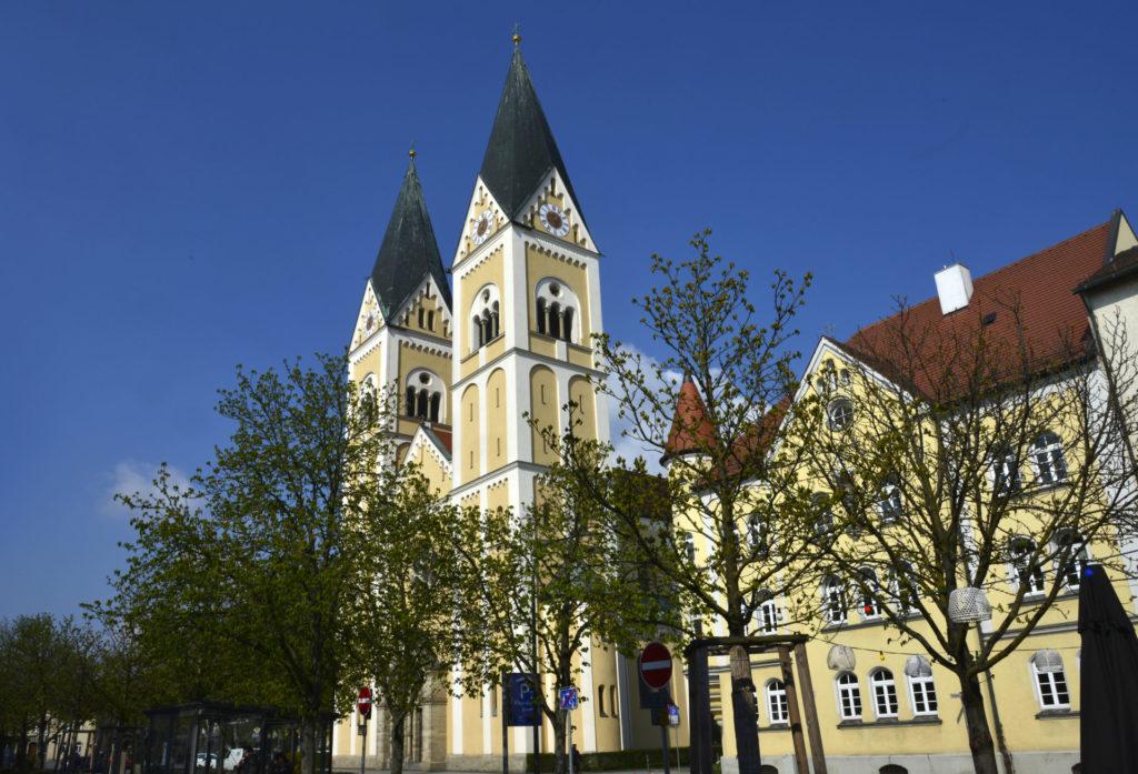 Stadtpfarrkirche St. Josef Weiden