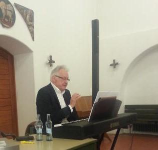 Professor Günter Jena